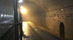♪地下深い廃墟みたいな駅で冒険気分♪